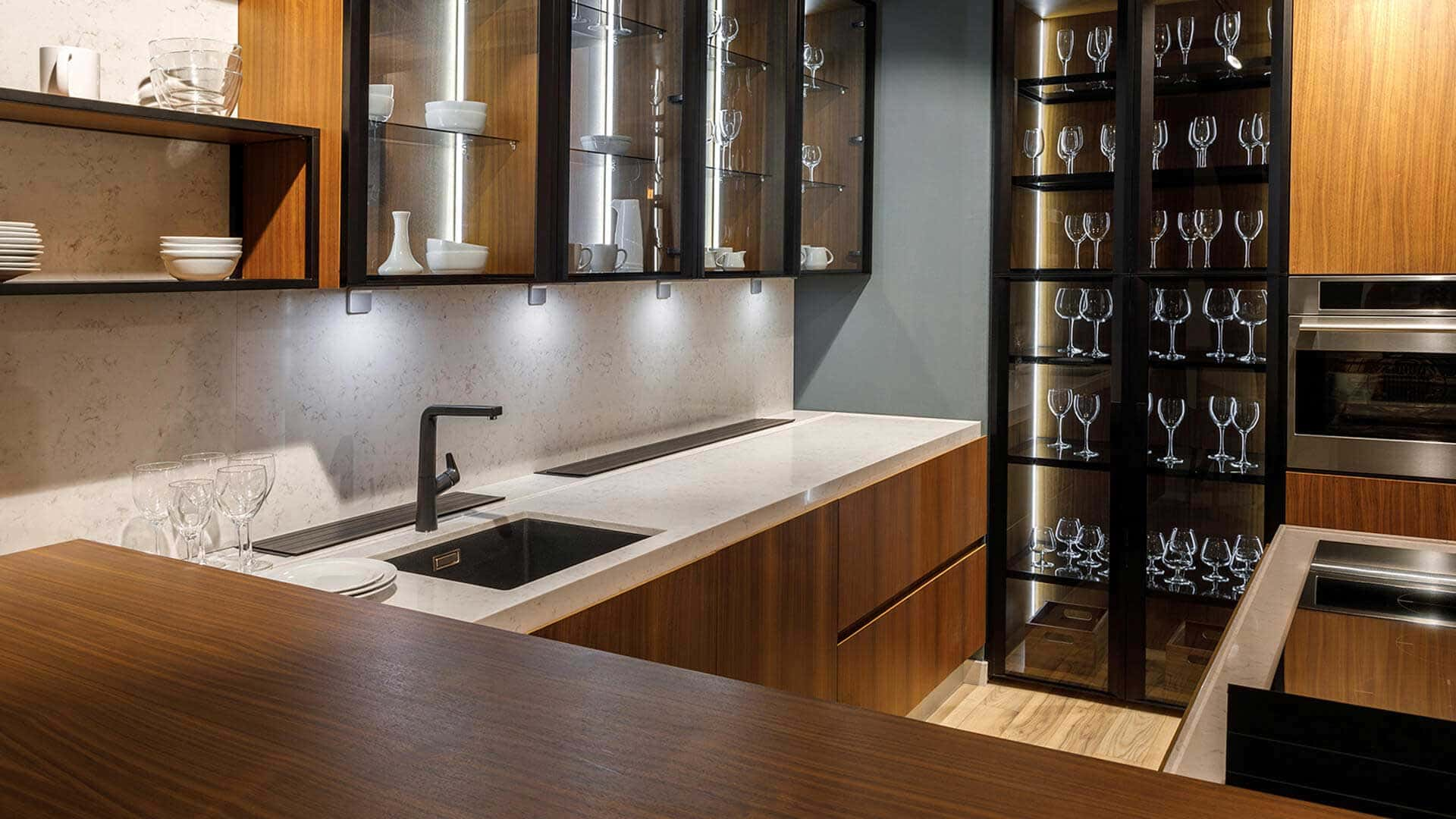 We make designing your dream kitchen easy and affordable