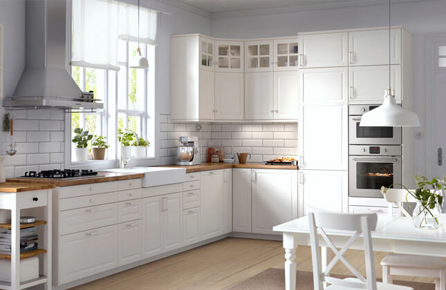 We make kitchen cabinets that perfectly fit your space and lifestyle